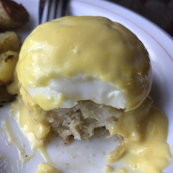 Heaven on a plate!! GF crab cake, poached egg n Hollandaise sauce!! I could have at 20 it was so good!!