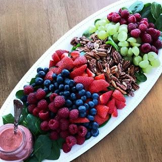 Simple Fresh Raspberry Vinaigrette Dressing.