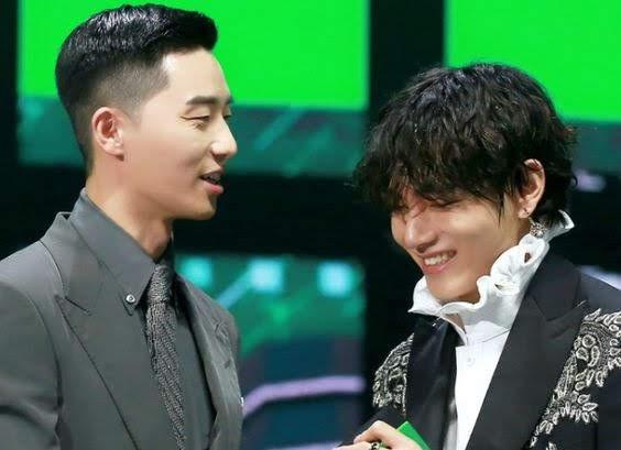 Bts V and Park Seo-Joon at MMA 2019