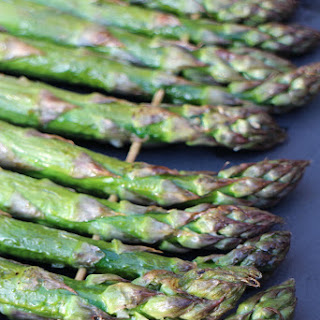 How to BBQ Asparagus.