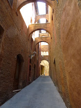 Photo: One pass way from hotel to Siena old town, take about 10 minutes