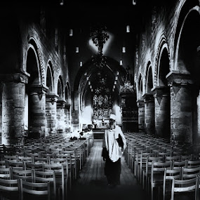 the worshipper by Teddy Tavares - Buildings & Architecture Other Interior ( pwc74: black & white interiors )