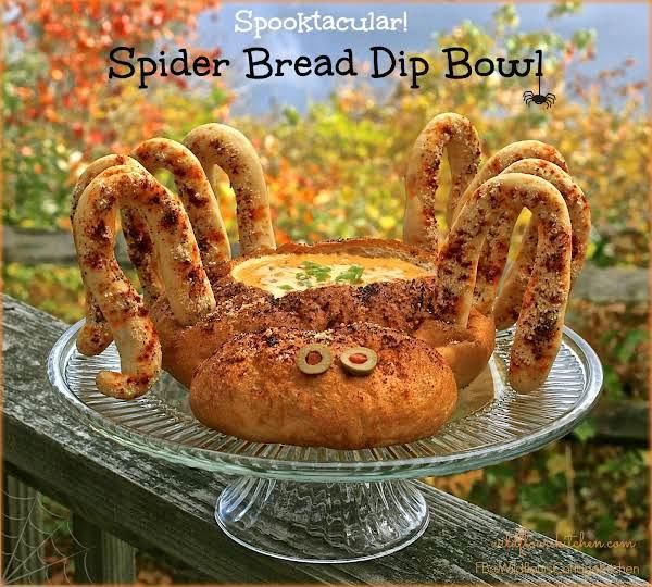 Spooktacular Halloween Spider Bread Bowl & Dip