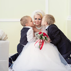 Wedding photographer Farid Almukhametov (farid63). Photo of 28.09.2015