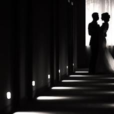 Wedding photographer Yaroslav Limonov (limonovyar). Photo of 15.12.2015