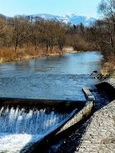 Photo: Pržno. Pohled na Lysou horu z mostu přes řeku Ostravici.