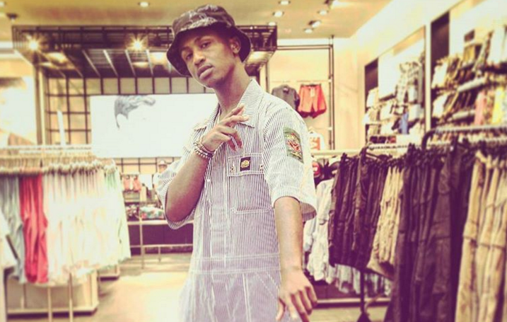 Emtee has issued a stern warning to his critics and got some things off his chest.