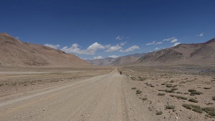 Unendliche Weiten. Landschaft zwischen Ak-Baital Pass und Karakul.