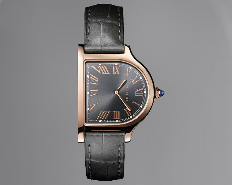 Cartier Prive Cloche Pink Gold.