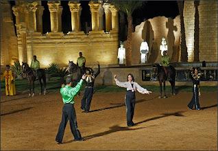 """Photo: Шарм эль Шейх. Во дворце """"Тысяча и одна ночь"""". Историческое шоу с танцами."""