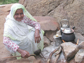 Photo: This lady lived in a cave at Jinn Mountain near Ratnapura in Sri Lanka. She lives in a cave with her daughter and grandson. She has been there since 1954. She is 78 years old. See the entrance to the http://www.indiamike.com/photopost/showphoto.php?photo=13436&nocache=1