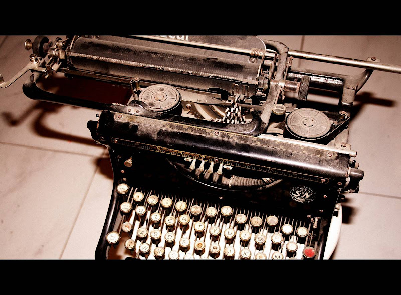 macchina da scrivere  ideal di Fiore.G