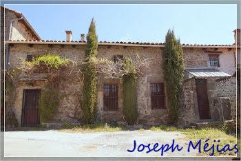 maison à Saint-Apollinaire-de-Rias (07)