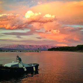 Sunset in Jelsa by Filip Caric - Instagram & Mobile iPhone