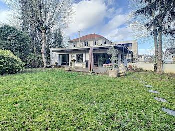 maison à Ville-d'Avray (92)