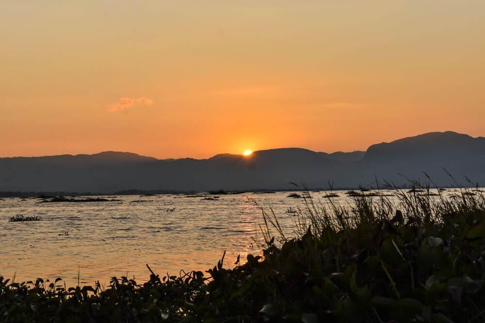 burma+lake+inle+sunset+orange