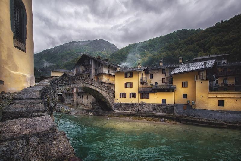 Borgo d'acqua di Barbara Surimi