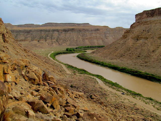 View downstream from proposed Gray Canyon dam site