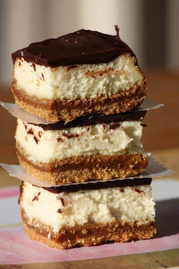 Dulce De Leche Cheesecake Bars Recipe