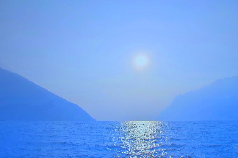 L'amor che move il Sole e l'altre Stelle di Isidoro.