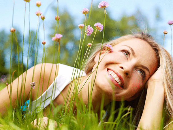 https://s.sharecare.com/newsletter/OHG-600x450-px-well-being-woman-laying-on-grass-04-15-14.png