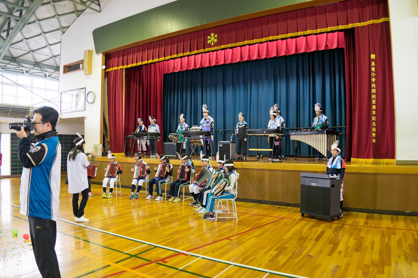 5年生・6年生による楽器演奏