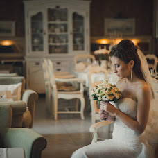Wedding photographer Elena Brodeckaya (helenbr). Photo of 03.12.2013