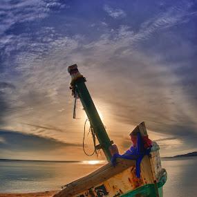 Wrecked by Richard ten Brinke - Transportation Boats (  )