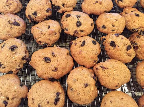 Jumbo Raisin Cookies Recipe