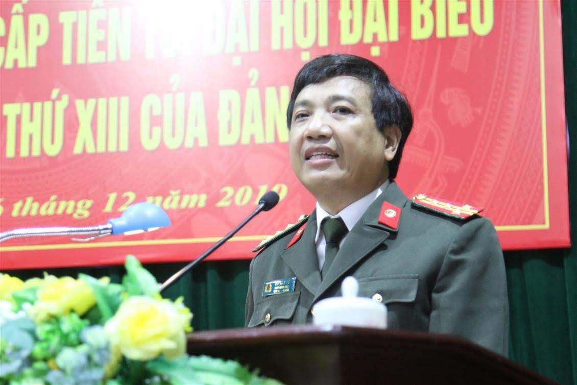Đại tá Hồ Văn Tứ, Phó Bí thư Đảng ủy, Phó Giám đốc Công an tỉnh phát biểu khai mạc hội nghị