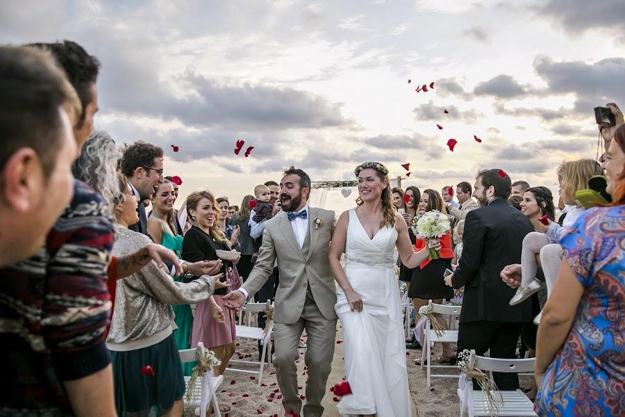 Wedding photographer Andreu Doz (andreudozphotog). Photo of 20.02.2017