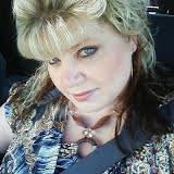 Nikki Schotten