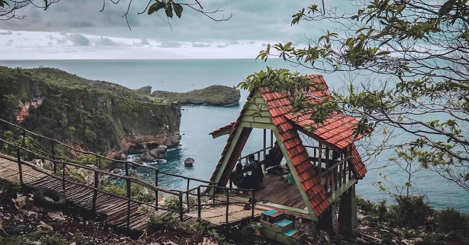 Pantai Grigak - Pantai di Gunungkidul, Yogyakarta by @gudel803