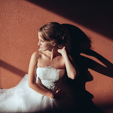 Wedding photographer Natalya Burdina (sensualphoto). Photo of 10.09.2014