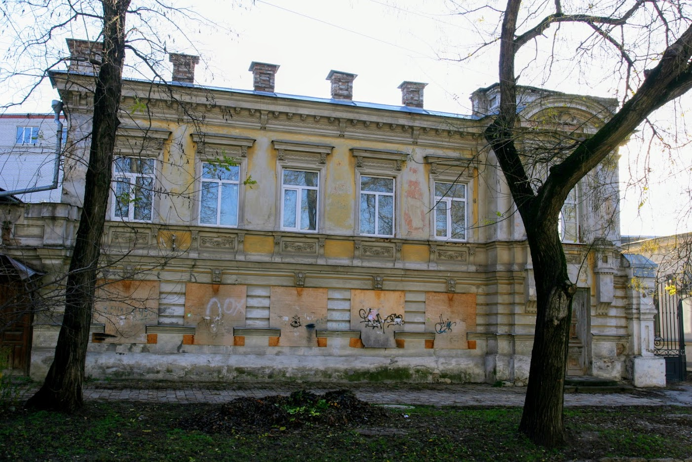 https://sites.google.com/site/istoriceskijtaganrog/italanskij-pereulok/dom-19