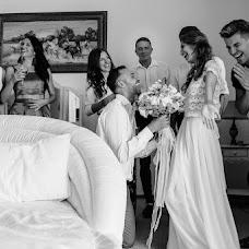 Wedding photographer Maksim Kryuk (konovalenkohook). Photo of 25.07.2017