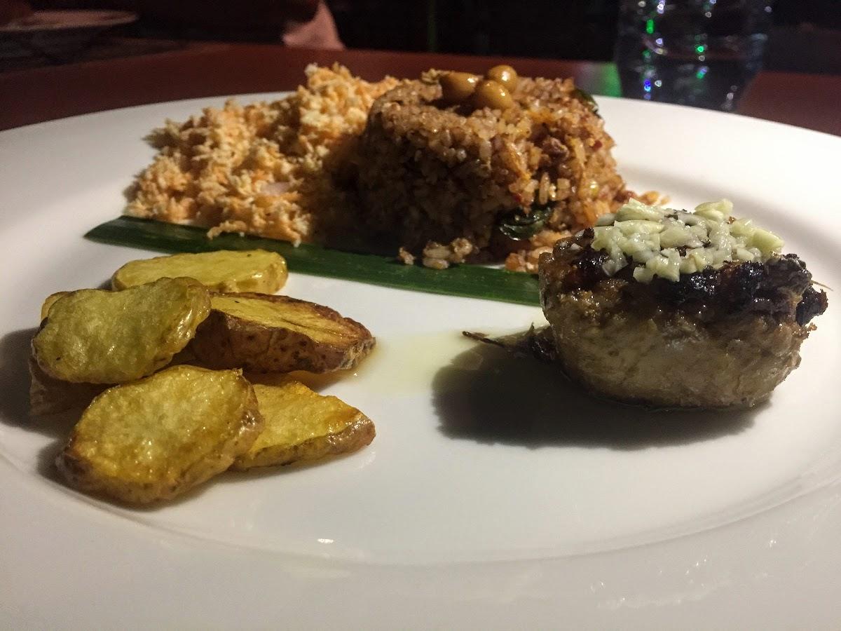 Sri. Lanka Kalpitiya Valampuri Resort. Gourmet Dinner