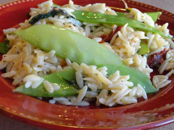 Orzo W/ Snow Peas, Spinach & Sun-dried Tomatoes Recipe