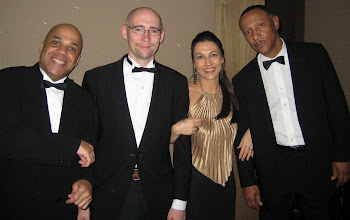 Photo: the guys in the band: Dennis Bradford, Jeff Curry and Paulo Gomes