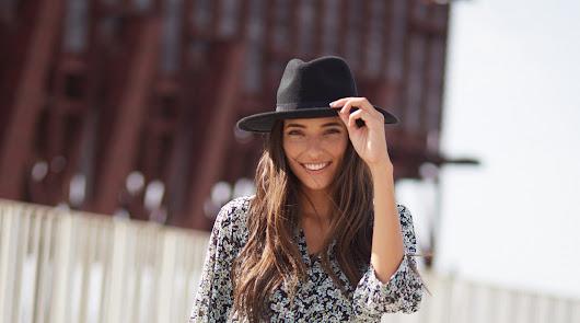 Abre una nueva tienda en el 'Mediterráneo' apadrinada por Miss World Spain