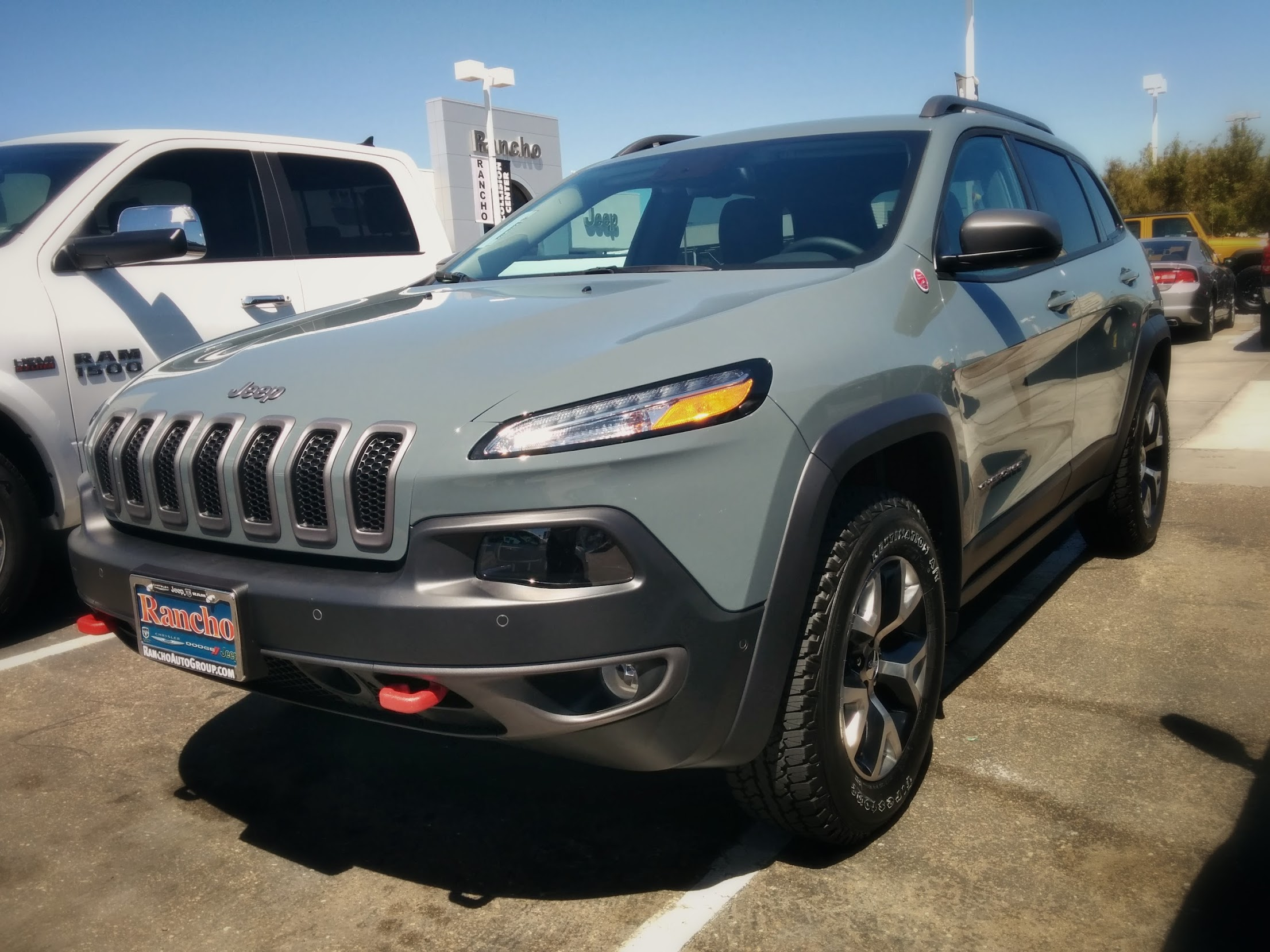 van 39 s trailhawk chronicle 2014 jeep cherokee forums. Black Bedroom Furniture Sets. Home Design Ideas
