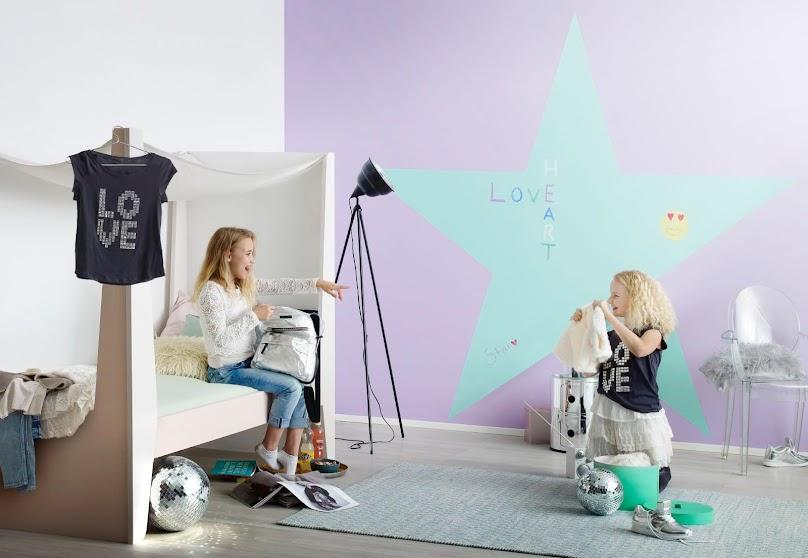 Gwiazda na ścianie w pokoju dziecka - farba tablicowa