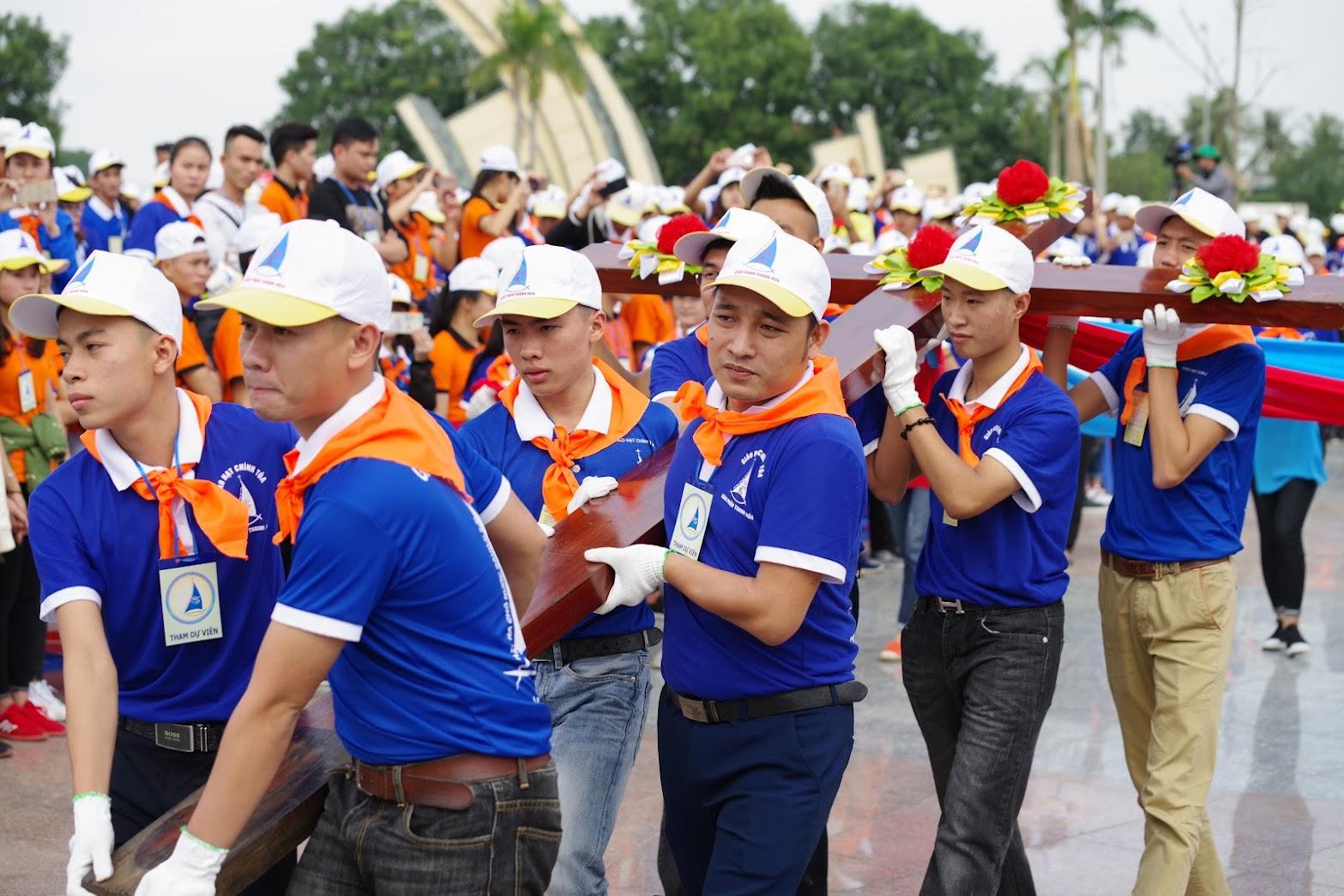 Những hình ảnh đẹp về lễ khai mạc Đại Hội Giới Trẻ giáo tỉnh Hà Nội lần thứ XV tại Thanh Hóa - Ảnh minh hoạ 31