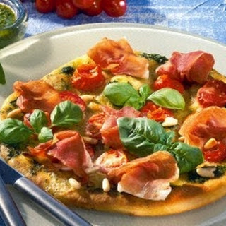 Pizza Verde mit Parmaschinken