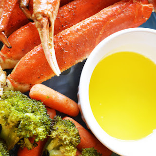 Easy Grilled Snow Crab Legs.