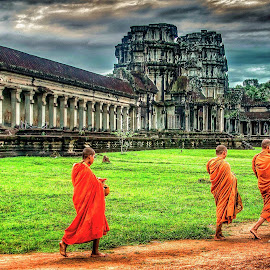 by Rick Pelletier - Novices Only Street & Candid ( ankgor wat (temple)  -  cambodia )