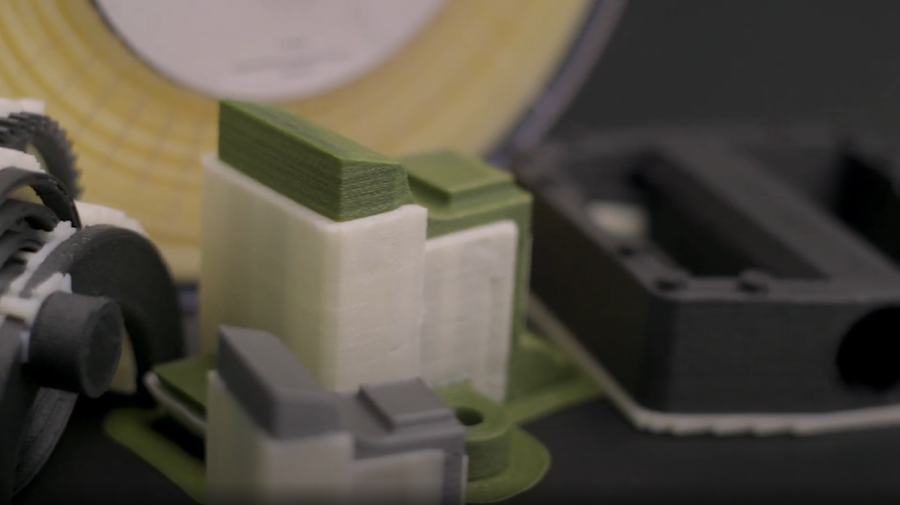 Ionic  has utility as both a dissolvable support material and a breakaway, making it a versatile support material for your engineering-grade materials.