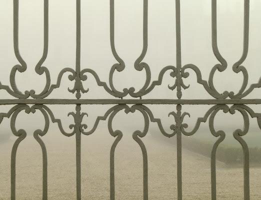 Nebbia oltre il cancello di befed
