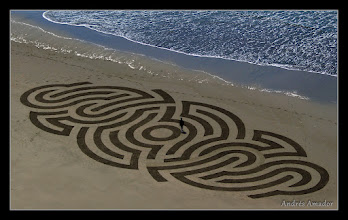Photo: 'Alien Grafitti', Ocean Beach, SF. Design by Phong (phong.com). The most complex piece I've done- I was getting lost inside while making it. 5 minutes after the photo, half of it was washed away.