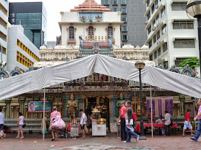 Photo: Shri Krishna Temple near Bugis Street, Singapore. Here again, many Singaporean regardless to races and religious were visiting to offer their prayers. Just like an Indian Embassy, once stepped inside it was typical Indian temple. 15th July updated (日本語はこちら) -http://jp.asksiddhi.in/daily_detail.php?id=603